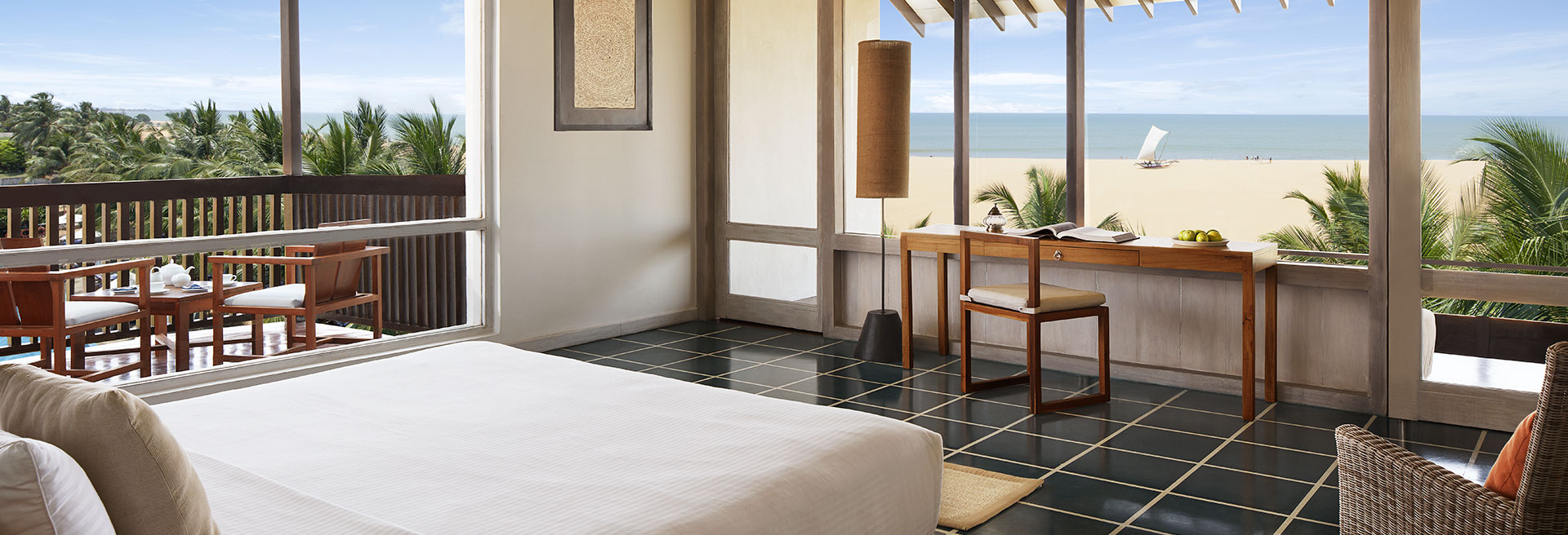 A luxury suite with the bed facing the Negombo beach and ocean