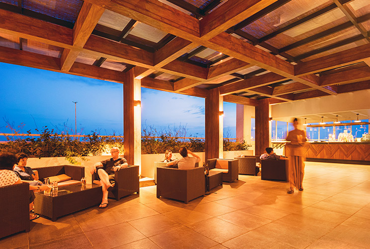 Jaffna Rooftop Bar & Restaurant | Dining at Jetwing Jaffna