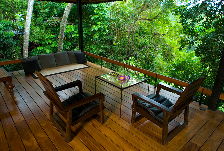 outdoor siting area