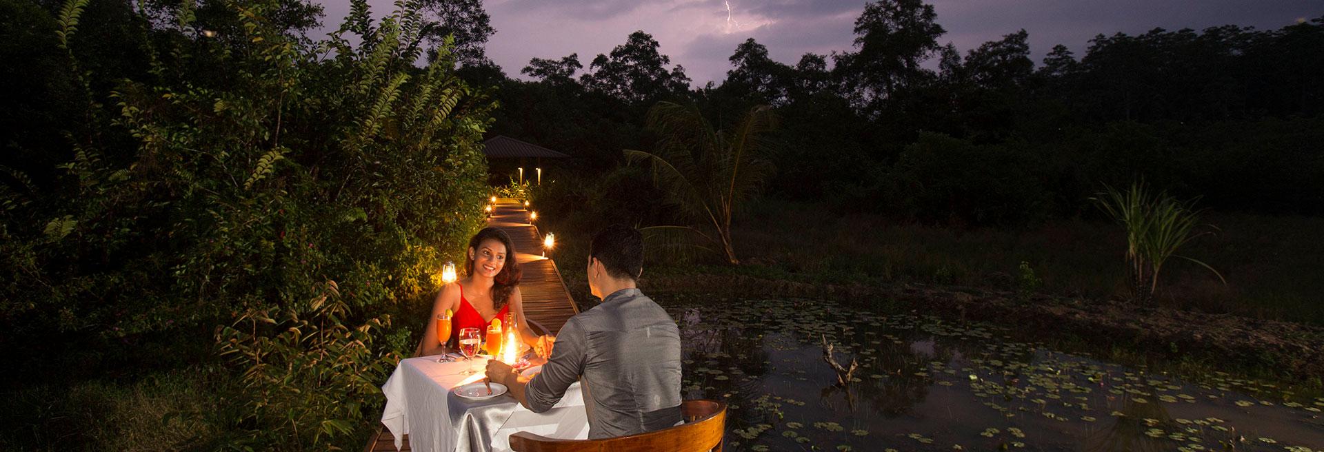 romantic dinner outside