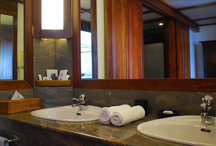 Bathroom in John davy suite