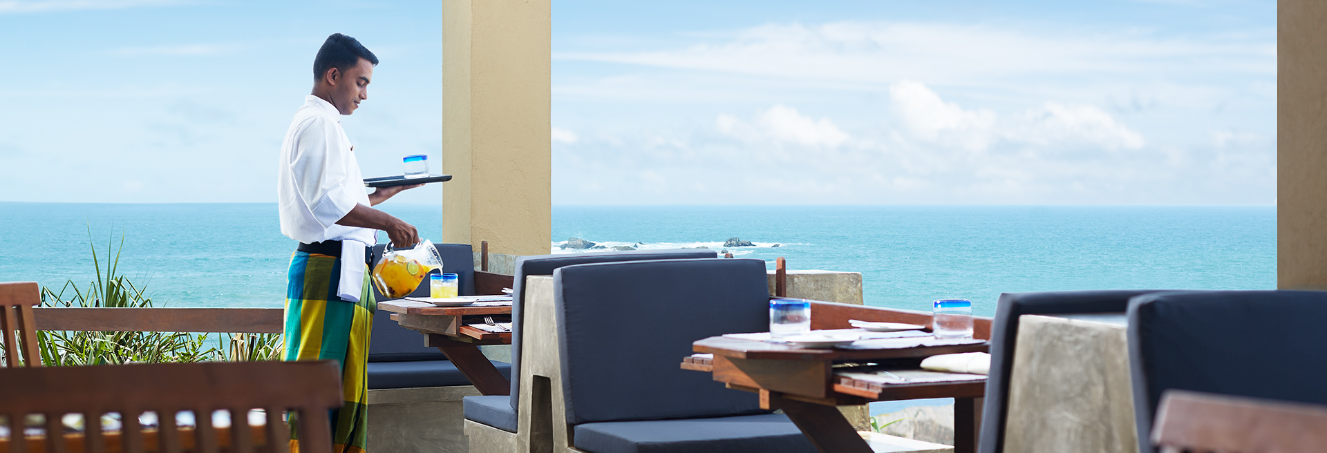 Private dining by the ocean