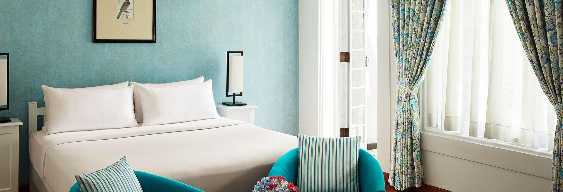 Lavishly decorated hotel room