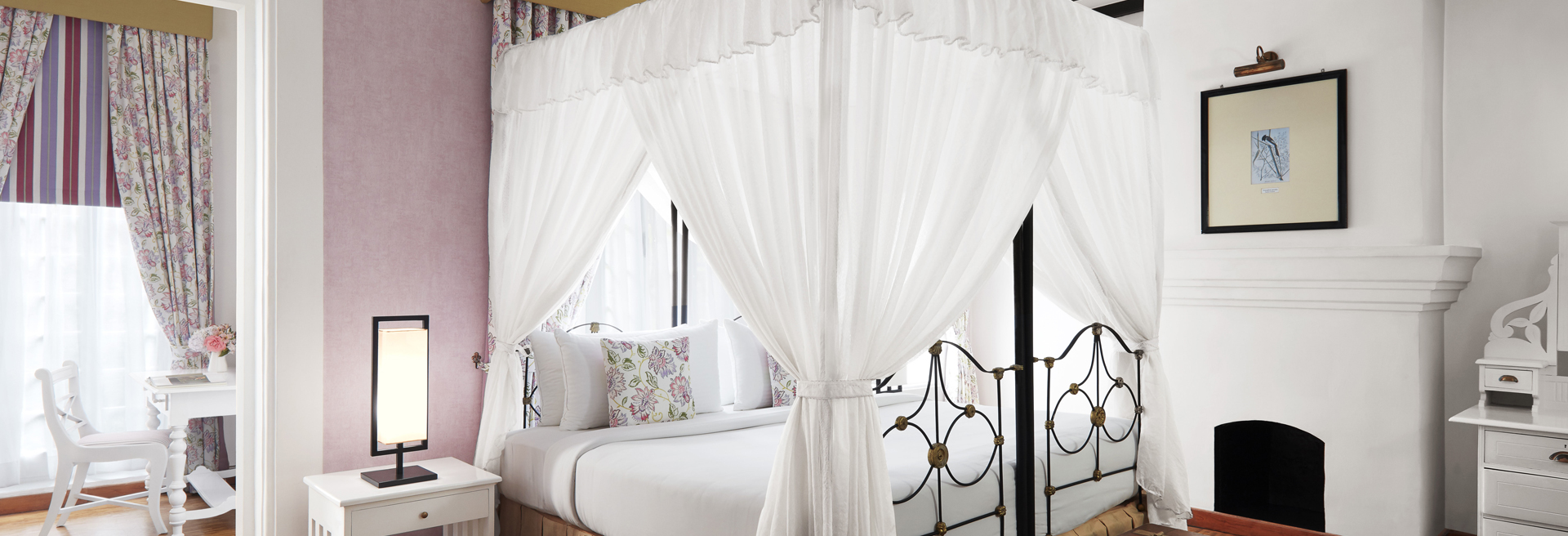 Luxury Suite room at Jetwing St. Andrew's