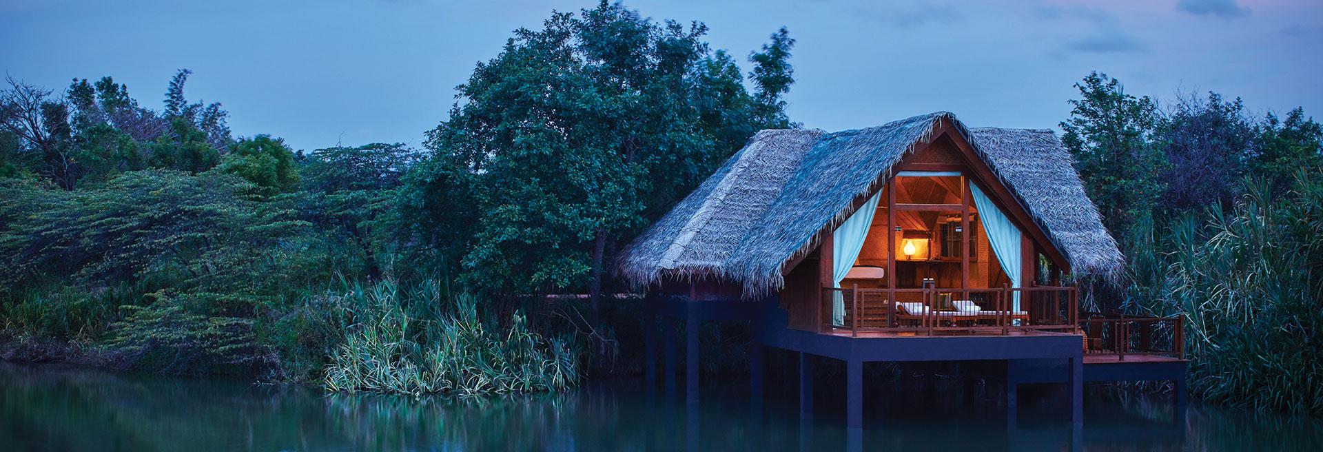 Waterdwelling Accommodation Exterior
