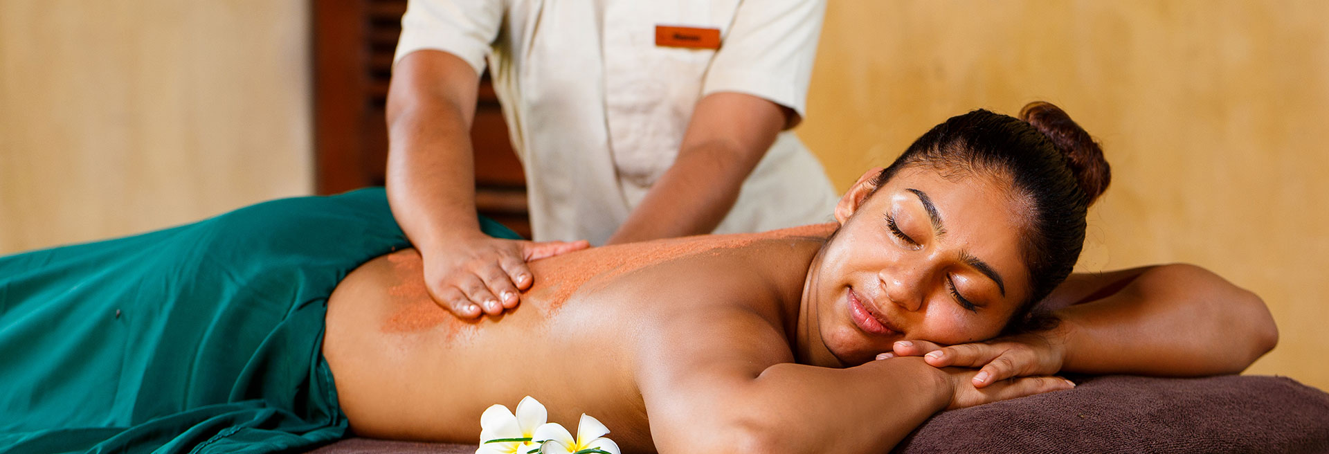 Massage Rituals at Vil Uyana