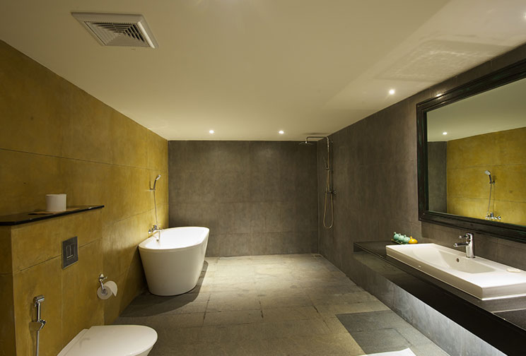 Deluxe room bathroom at Jetwing Yala