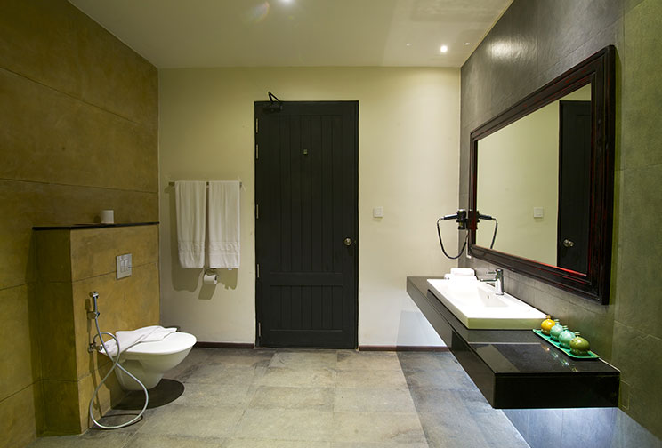 Superior room bathroom at Jetwing Yala