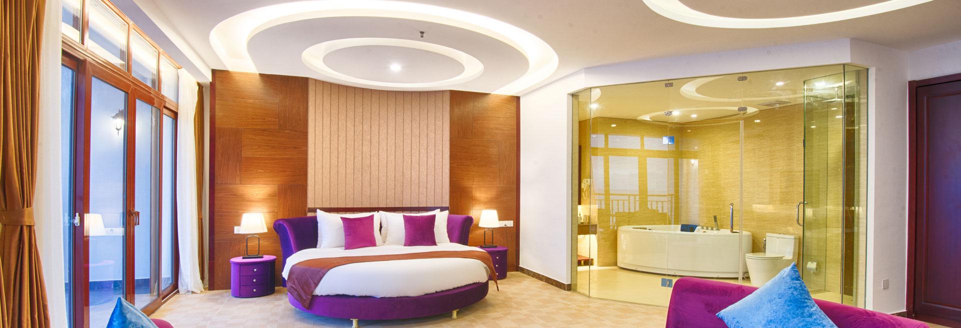 Honeymoon Suite Room Interior